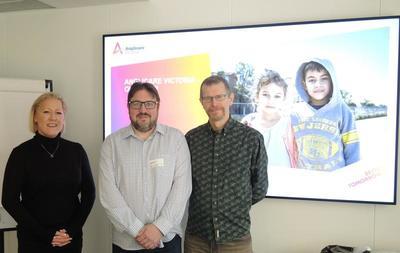Utveksling av kunnskap: David Poynter fra den australske organisasjonen Anglicare besøkte NUBU for å utveksle kunnskap og erfaringer med tiltak rettet mot utsatte barn og unge. Foto: Kristin Horn Talgø.