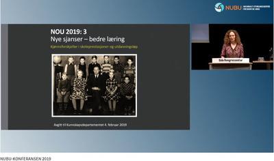 Kjønnsforskjeller i skoleprestasjoner: Camilla Stoltenberg holdt åpningsforedraget om kjønnsforskjeller i skoleprestasjoner under NUBU-konferansen 2019. Opptaket av foredraget er nå tilgjengelig å NUBUs videoarkiv.